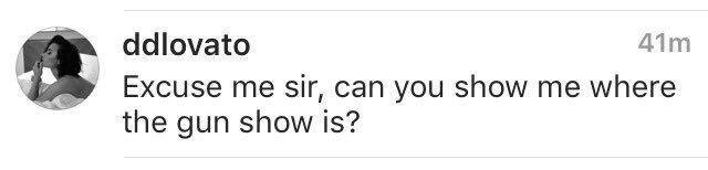 Demi Lovato comenta em foto do joe jonas no instagram