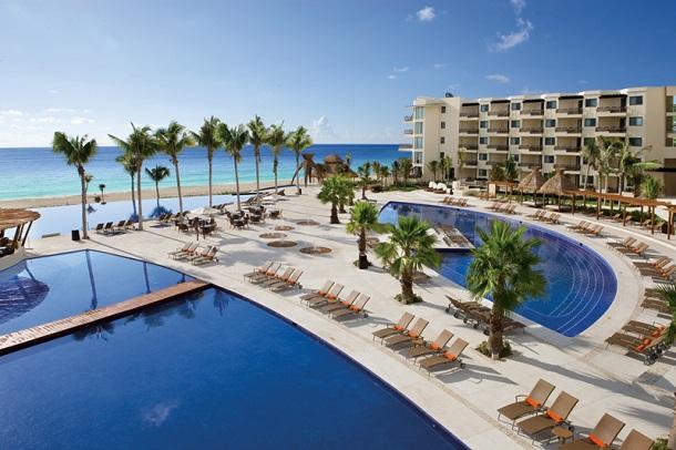 Vista do hotel no caribe