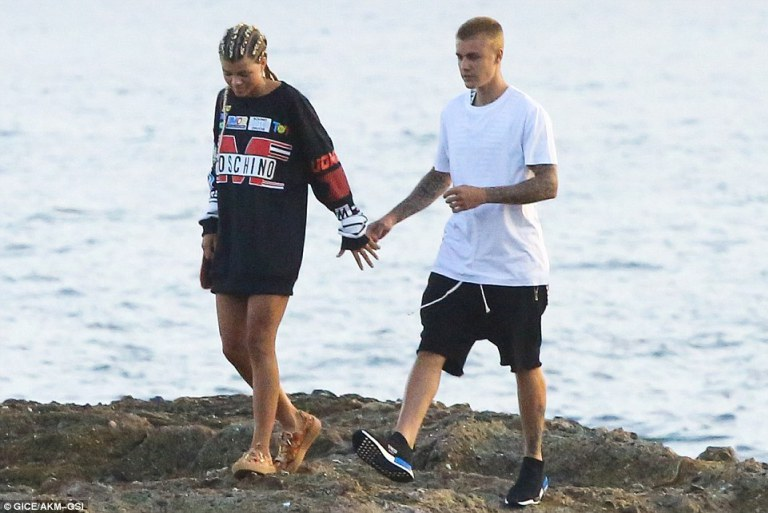 Justin Bieber e Sofia Richie no Havaí