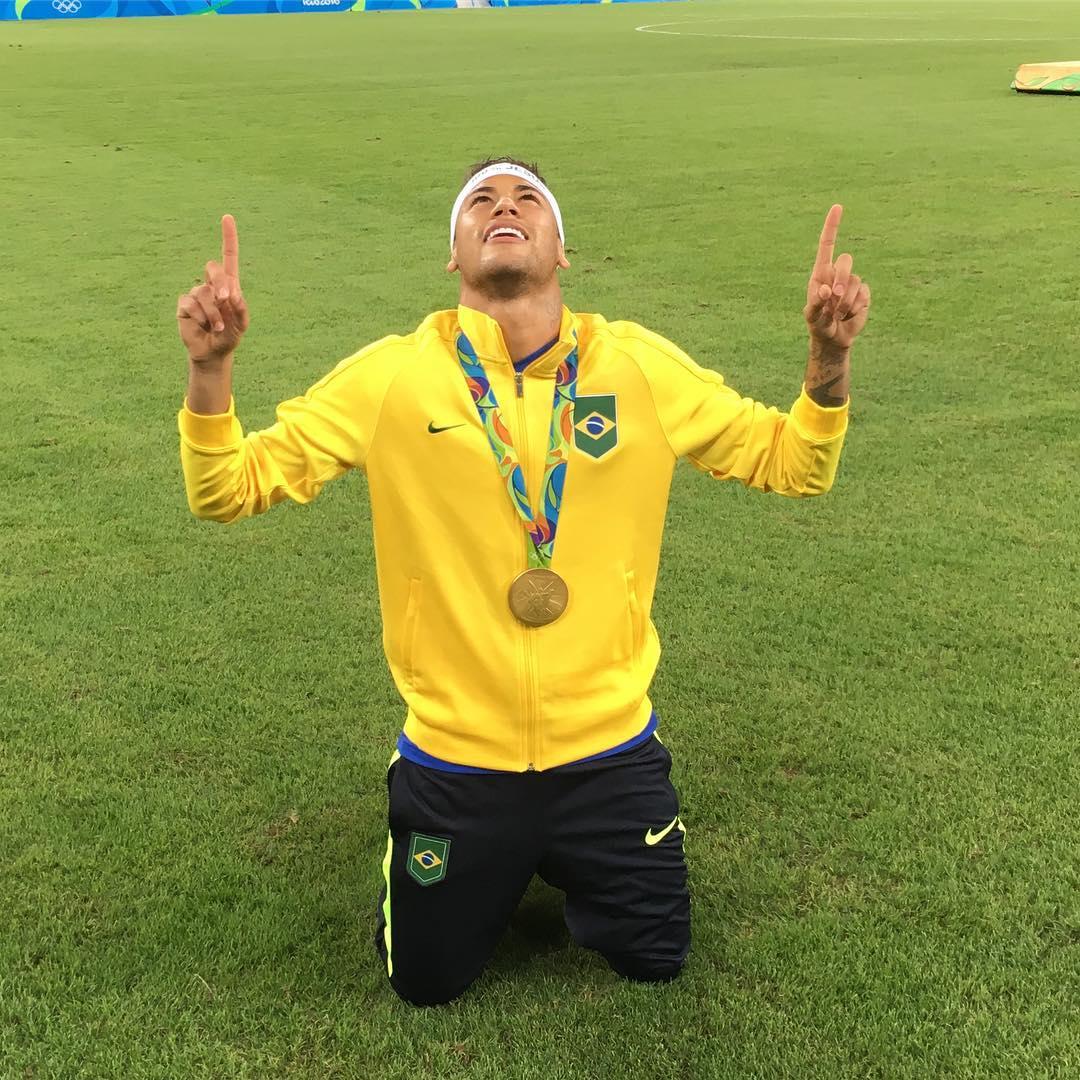 Neymar ganha ouro