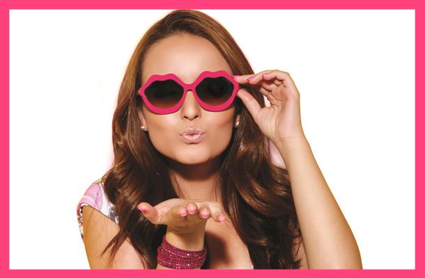 Larissa Manoela lança sua própria coleção de óculos - Todateen 4be8bf4dac