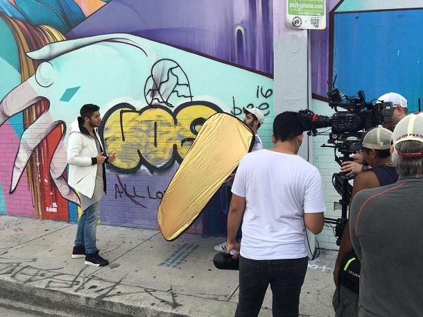 Zé Felipe gravando clipe de Tan Facil em Miami