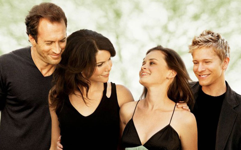 gilmore girls: rory, lorelai, luke e logan