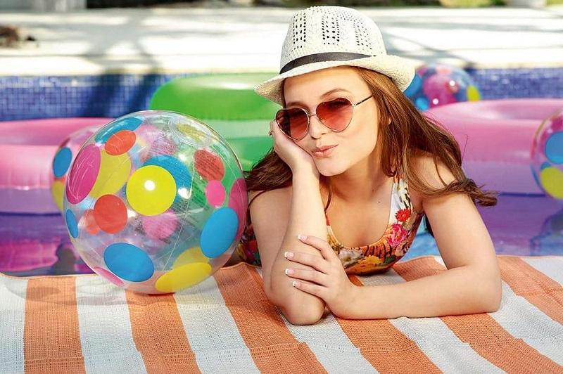 7326f3e2a0cc4 Larissa Manoela lança sua própria coleção de óculos - Todateen