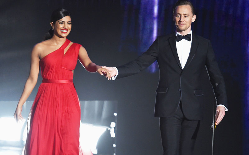 Tom Hiddleston e nova namorada
