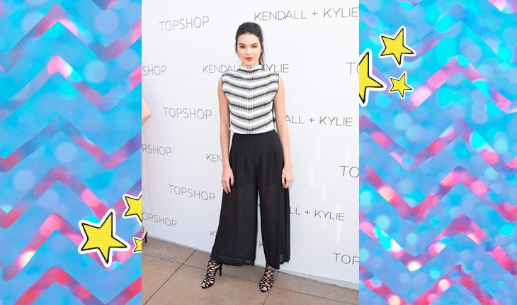 Kendall Jenner usando roupa em preto e branco
