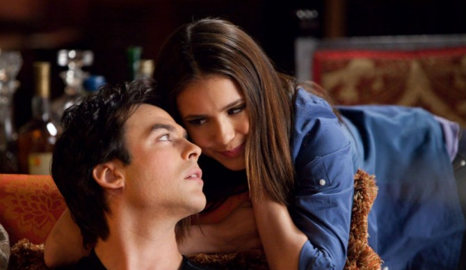 Ian Somerhalder e Nina Dobrev em The Vampire Diaries