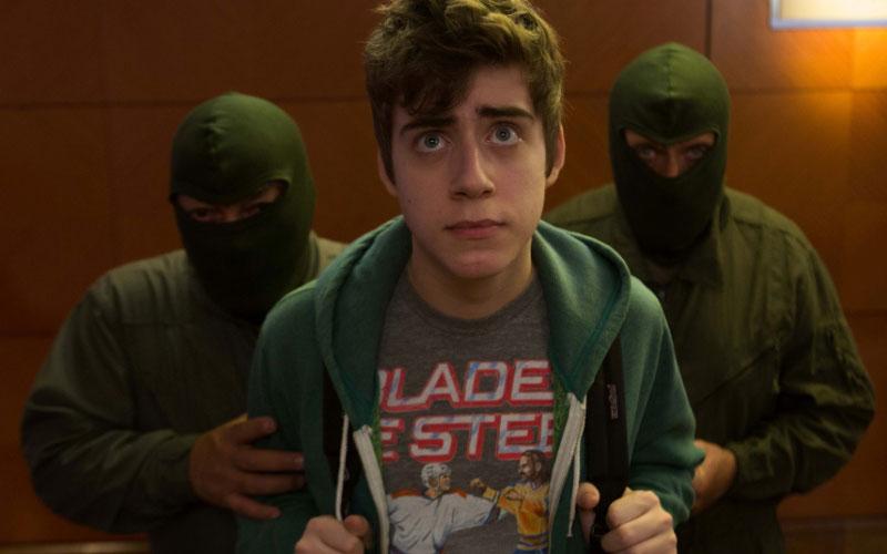 cellbit sendo sequestrado no trailer do filme internet
