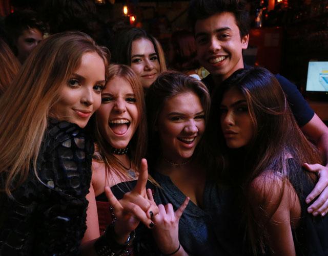 1408d60a867b5 João Guilherme faz festa de aniversário e convida Larissa Manoela