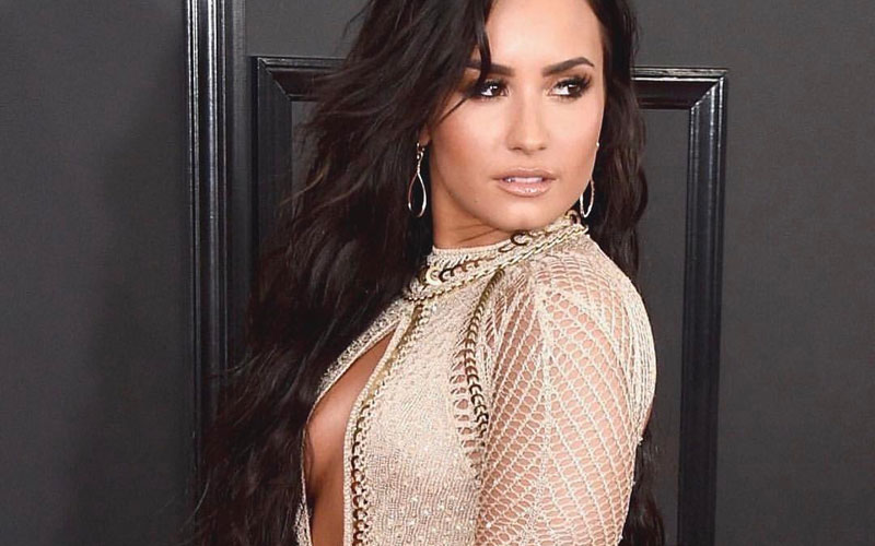 Demi Lovato com o vestido do Grammys