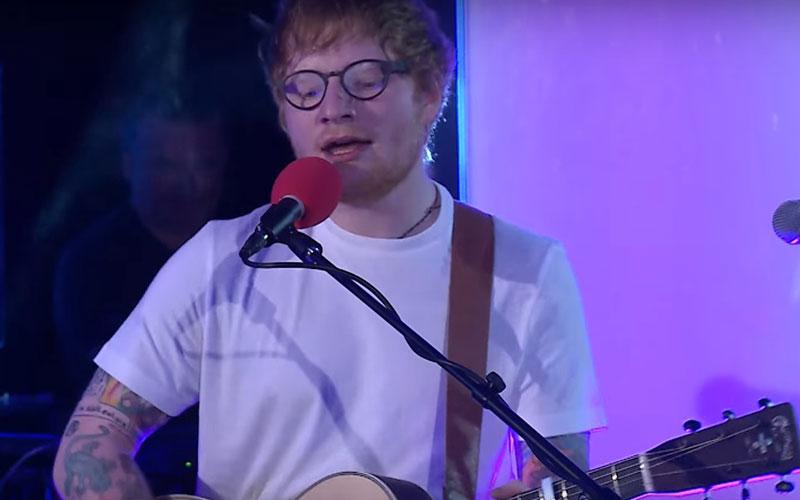 Ed Sheeran cantando Little Mix