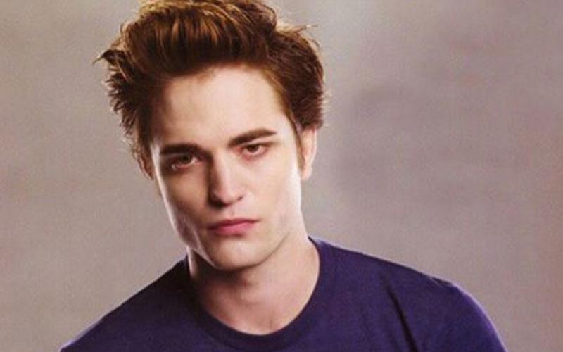 Robert Pattinson como Edward, em Crepúsculo