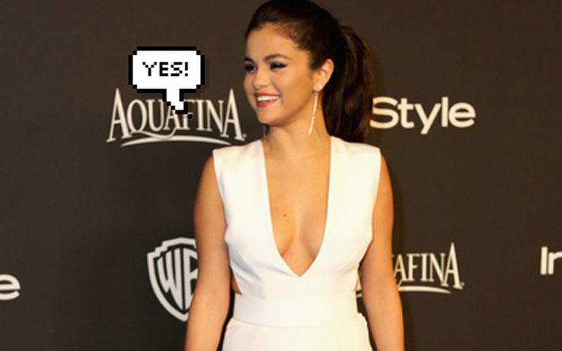 selena gomez dizendo ''yes''