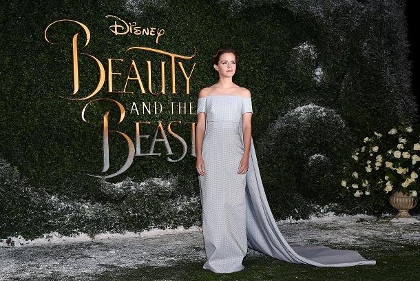 Emma Watson em premiere da bela e a fera