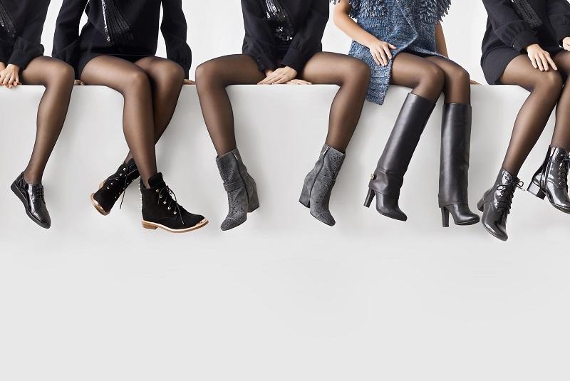 Mulheres com diferentes modelos de botas