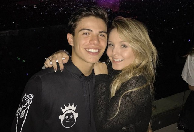 Larissa Manoela e Thomaz Costa no show do Justin Bieber