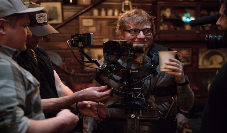 Ed Sheeran durante gravação