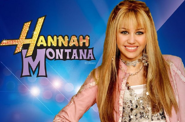 Miley Cyrus como Hannah Montana, personagem fictícia