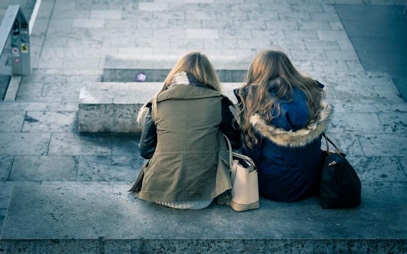 9 coisas que toda irmã mais nova já passou