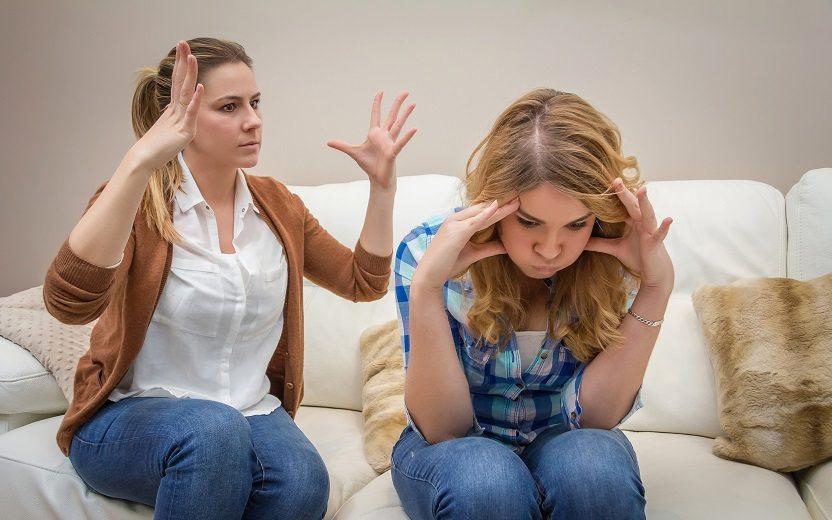 O que fazer quando rolam muitas brigas com a mãe