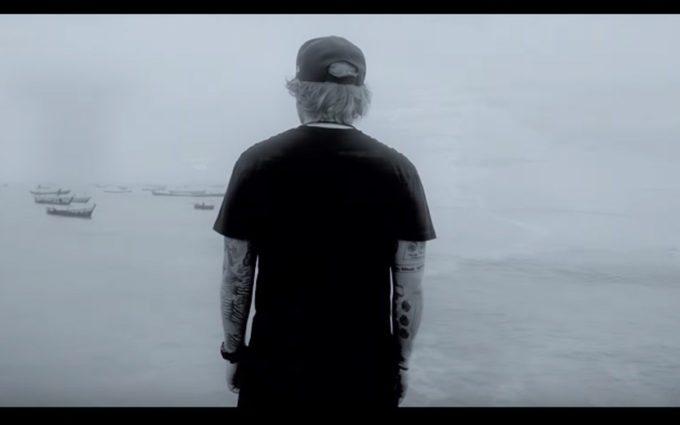 "Ed Sheeran lança clipe de ""Bibia Be Ye Ye"""