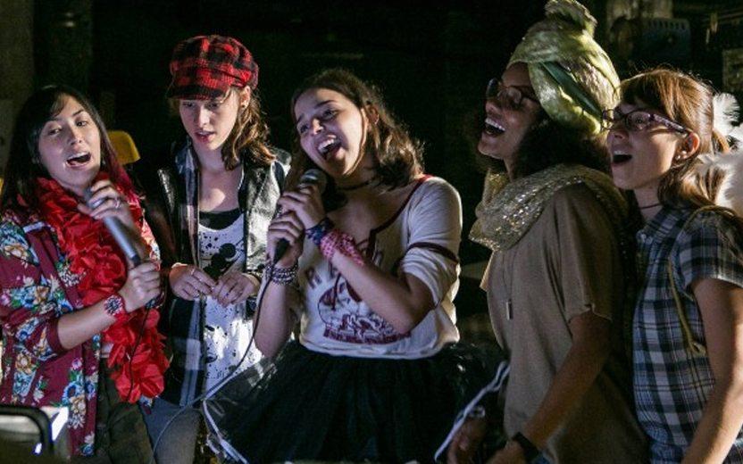 meninas do galpão das five cantando juntas