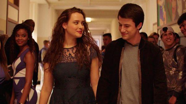 Katherine e Dylan falam sobre a 2ª temporada de 13 Reasons Why