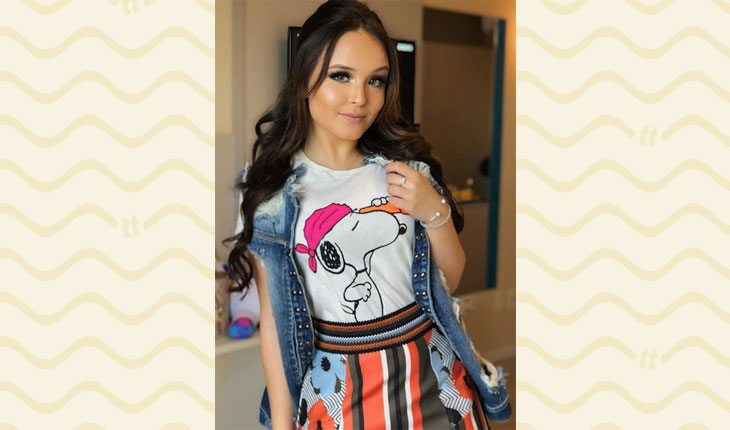 Looks da Larissa Manoela: camiseta divertida