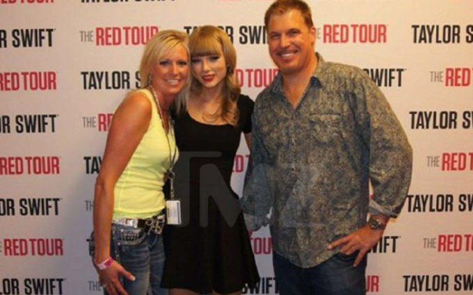 Taylor Swift depõe sobre assédio que sofreu durante Meet & Greet
