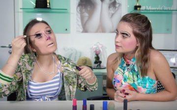 Larissa Manoela e Raissa Chaddad fazendo maquiagem bizarra