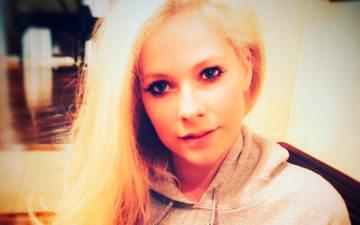 Avril Lavigne fala sobre a teoria de ter sido morta e substituída