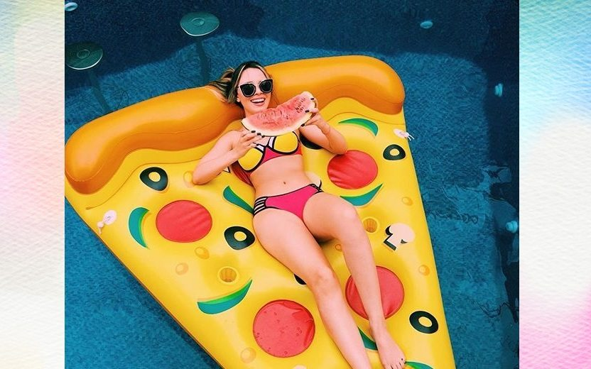 12 ideias de looks Pinterest para uma pool party
