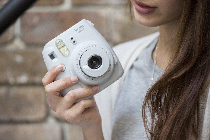 Aprenda a limpar e conservar a sua câmera Instax com dicas fáceis!