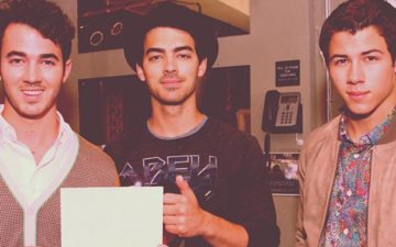 volta do Jonas Brothers