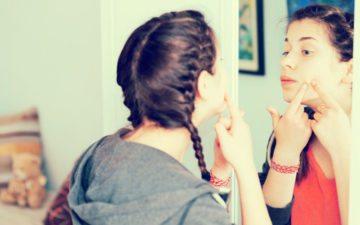 Como remover cravos do rosto: veja dicas para ficar com a pele lisinha!