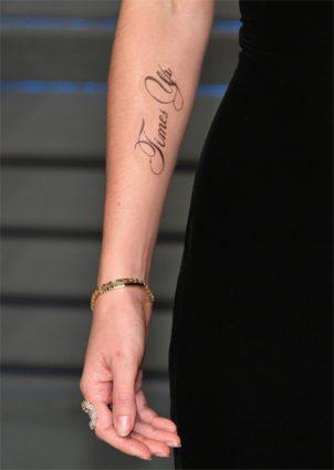 tatuagem de time's up