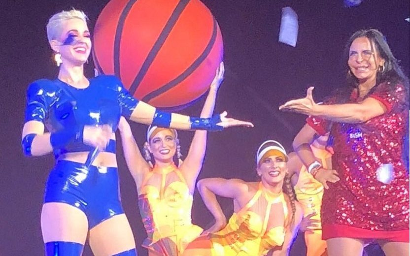 Diva Grecthen com Katy Perry