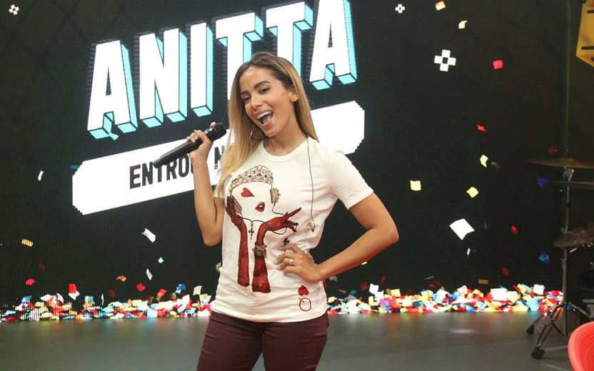 Anitta Entrou no Grupo