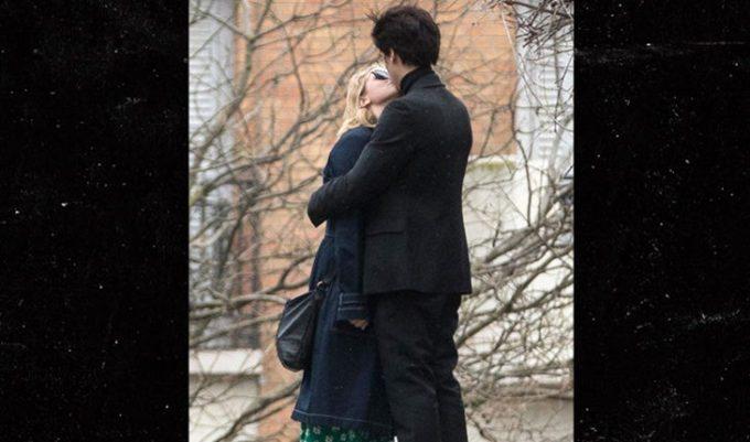 Cole Sprouse e Lili Reinhart