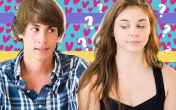 Menina olhando e vendo que o crush é muito criança