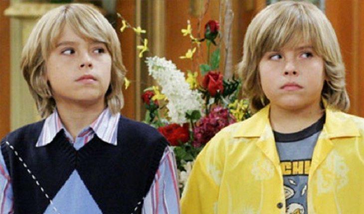 Gêmeos que interpretam Zack e Cody