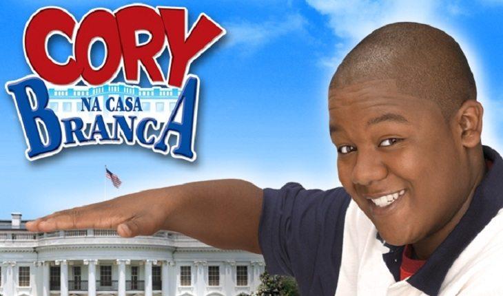 Ator de Cory na Casa Branca na abertura da série