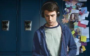 Clay de 13 Reasons Why para ilustrar as músicas da segunda temporada da série