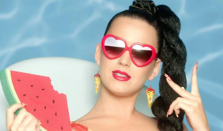 Katy Perry - Famosos não terminaram a escola