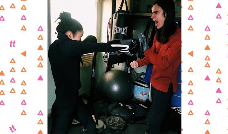 Lana Condor lutando box