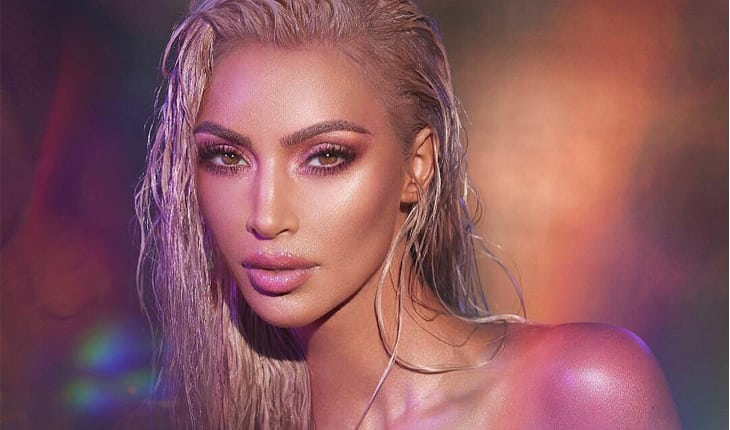 como usar iluminador Kim Kardashian