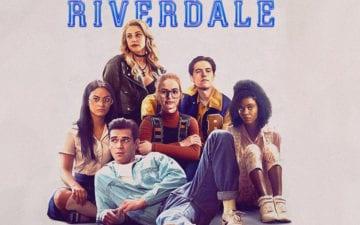 Elenco de Riverdale cantando