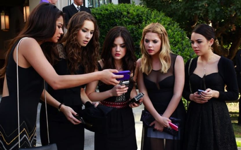 reunião do elenco de Pretty Little Liars