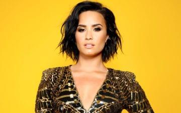 Demi Lovato comemora sobriedade