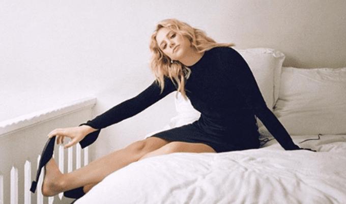 lili reinhart voltou a fazer terapia